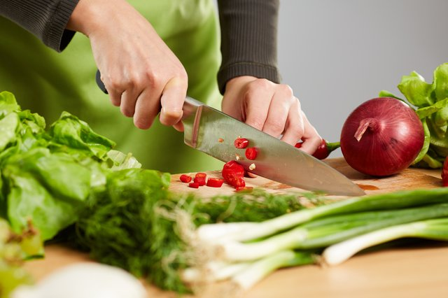 <p>We review the best kitchen knives on the UK market </p>