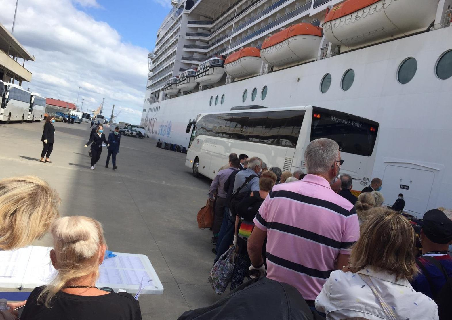 """""""Three days later we were disembarking in total chaos"""" - Sowerby Bridge couple back home after coronavirus ends cruise holiday"""