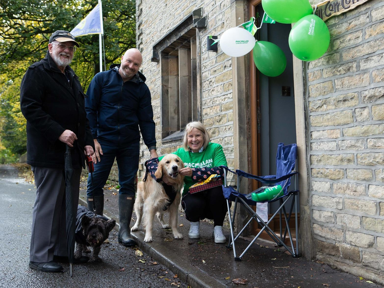 Calderdale woman's fighting cancer with canines and hot coffee