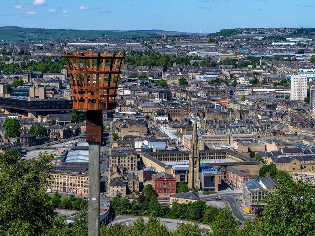 Calderdale house prices increased slightly in January