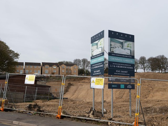 Building work at Delf Hill, Rastrick