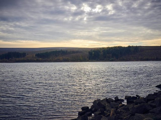 Yorkshire Water urges caution around reservoirs as weather warms up